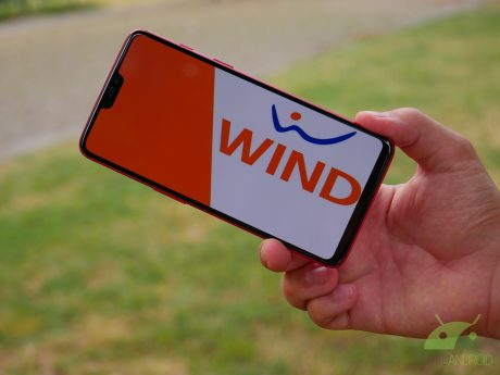 Wind Smart con minuti illimitati e 30/40 GB attivabili in wi